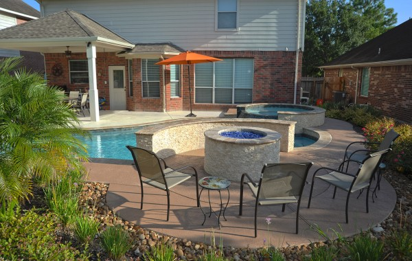 Free Form Pool with Spa and Fire Pit